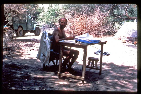 Glynn Isaac at his field desk at Natron (Peninj), Tanzania