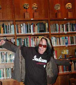 Todd Rundgren shows off Hoosier t-shirt.